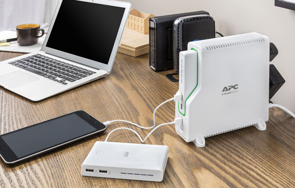 APC® by Schneider Electric Back-UPS™ Connect BGE50ML